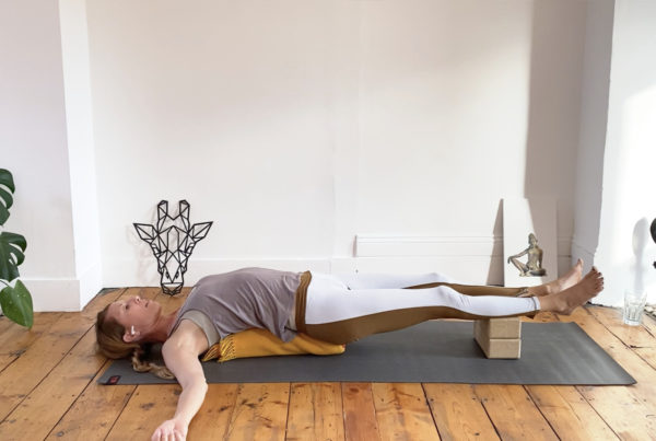 Gentle flow and restore: mobilising joints and waving the spine