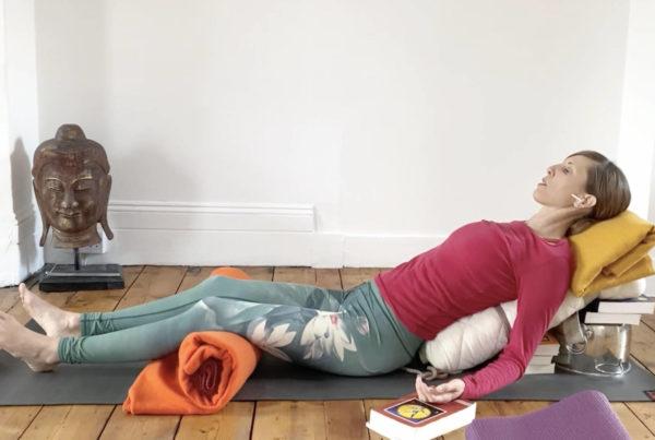 Makeshift props – householder items for restorative poses