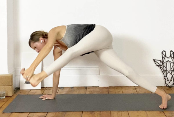 Opening the hamstrings for handstands and more